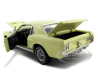 1967 FORD MUSTANG GT YELLOW 118 DIECAST MODEL CAR