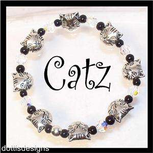 SWAROVSKI CRYSTAL & KITTY CAT BEADED STRETCH BRACELET