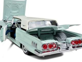 1960 FORD THUNDERBIRD HARD TOP BLUE 1/18 DIECAST CAR MODEL BY SUNSTAR