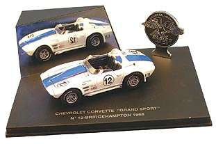 UH 2004 1:43 1964 CHEVROLET CORVETTE GRAND SPORT COUPE #12 DIECAST