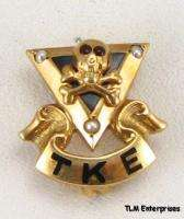 TAU KAPPA EPSILON   10k Gold fraternity Skull PIN BADGE