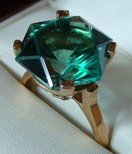 Beautiful 8.00CT Natural Green Topaz 14K Solid Gold Ring