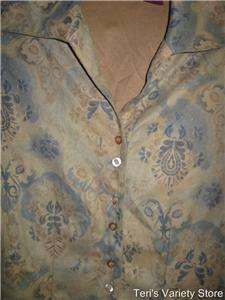 DCC button up long sleeve shirt womens size medium flared sleeve EUC