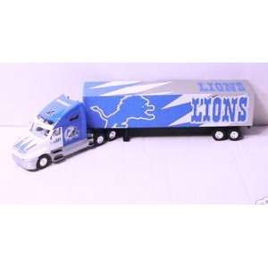 Semi Kenworth Tractor Trailer Truck 1/80 Scale: Sports & Outdoors