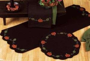 and Vines Black Wool Primitive Round Tablemat/ Candle mat Autumn Table