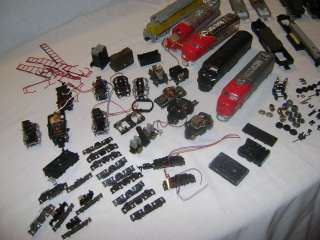 Vintage HO Scale Train Engines Lot Parts Pieces Repair Santa Fe