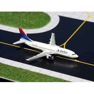Gemini Jets Delta Airlines B737 300 Model Airplane Toys