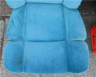 1997 2007 GMC Savana Chevrolet Express Full Size Van Front Seats