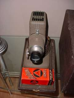 BELL & HOWELL TDC VIVID SLIDE PROJECTOR MODEL C W/ ORIGINAL CASE