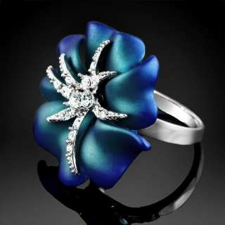 Shiny Rose Starfish Crystal White Gold GP Cocktail Ring