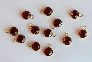 VINTAGE RUBY RED GLASS PRONG SET DANGLE DROP BEAD