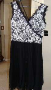 Adrianna Black & White dress sz 8 Retail $198 BNWT