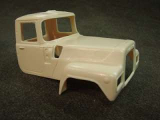 RESIN MACK R 700 DAY CAB & HOOD CONVERSION   1/32 SCALE