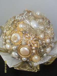 BROOCH BOUQUET Flower Bridal Wedding PEARL Vintage JEWELRY Rhinestone